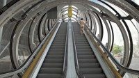 brotherus/2018/Elina-Brotherus_Nu-montant-un-escalator_video-still-01_sRGB